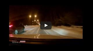 شاهد وفاة سائق وزوجته بسبب التسابق على طريق ثلجي
