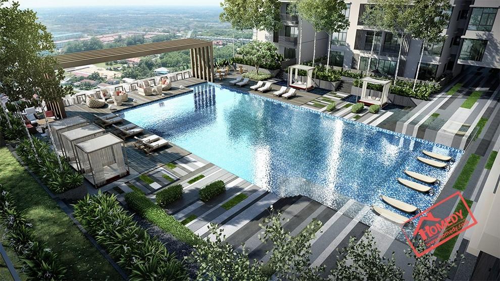 Bể bơi phục vụ 24/24 tại chung cư Samsora Premier