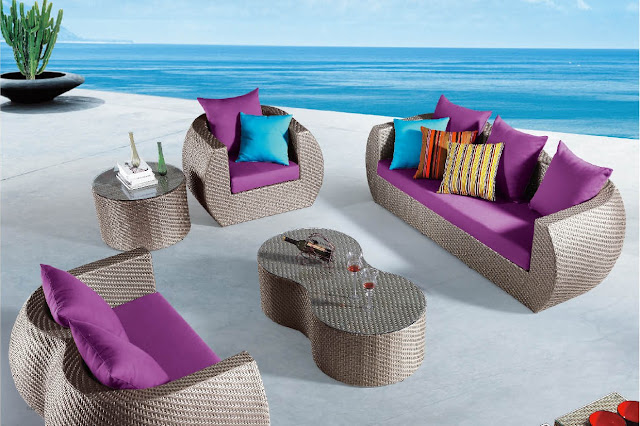 4 Beautiful Modern Outdoor Furniture Ideas