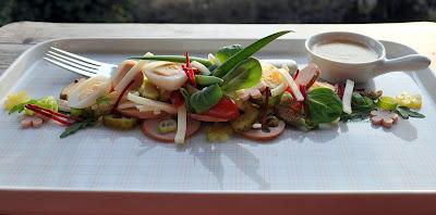 Käse Wurstsalat mit Wachteleiern
