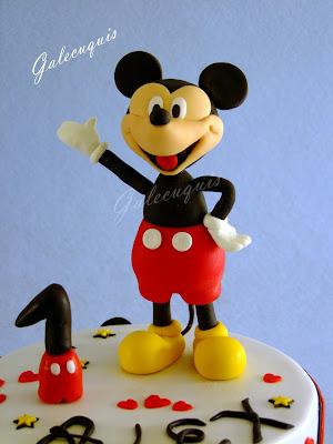Figura Mickey Mouse de fondant