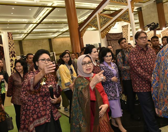 Ibu Mufidah Jusuf Kalla Buka Gelar Batik Nusantara 2019 di JCC
