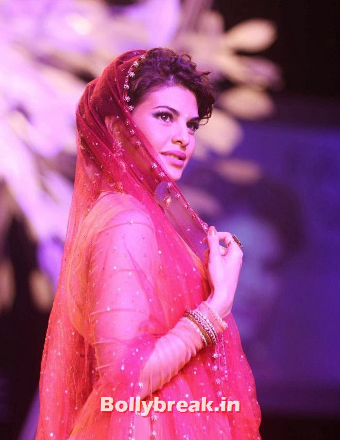 Lakme Fashion Week Summer Resort, Jacquiline, Dusky Models walk for Tarun Tahiliani Show at LFW 2014