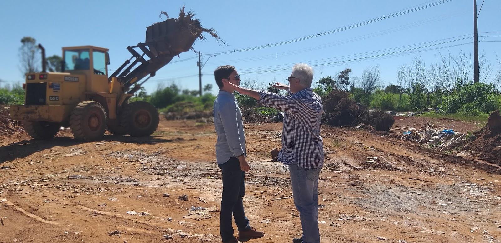 20190114 103625 - O administrador regional do Jardim Botânico, João Carlos Lóssio lançou, nesta segunda feira, ações de limpeza nas ruas que acontecerão de 14 a 16 de janeiro de 2019. SOS DF