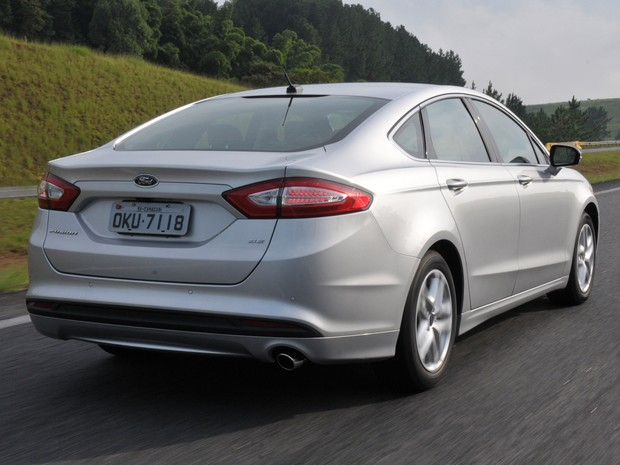 Reparo do Ford Fusion atinge 20.020 unidades por problema no cinto