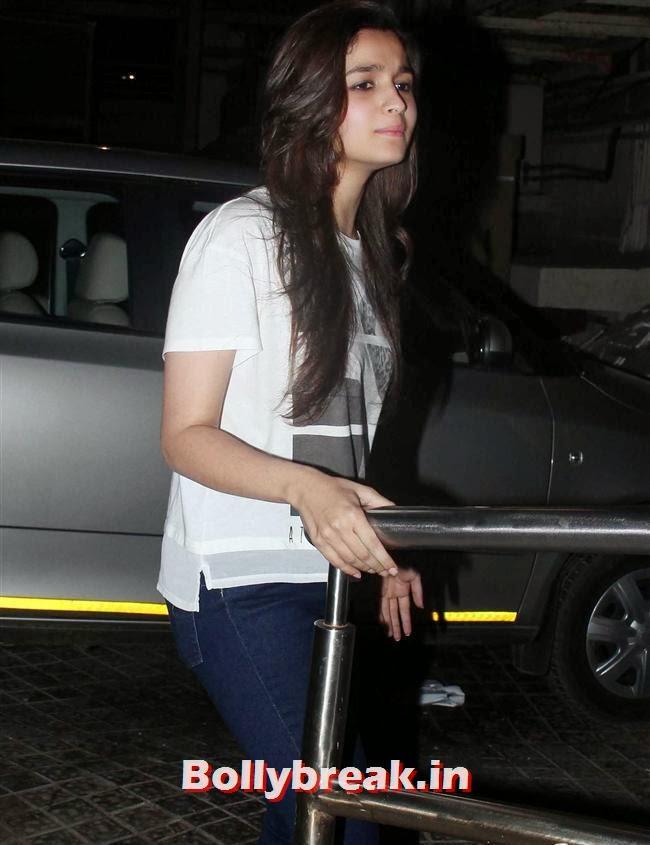Alia Bhatt, Shazahn Padamsee at Special Screening of Highway
