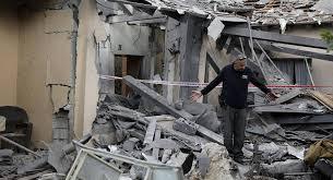 الاحتلال يعلن حدود غزة منطقة عسكرية مغلقة في أعقاب هجوم صاروخي .