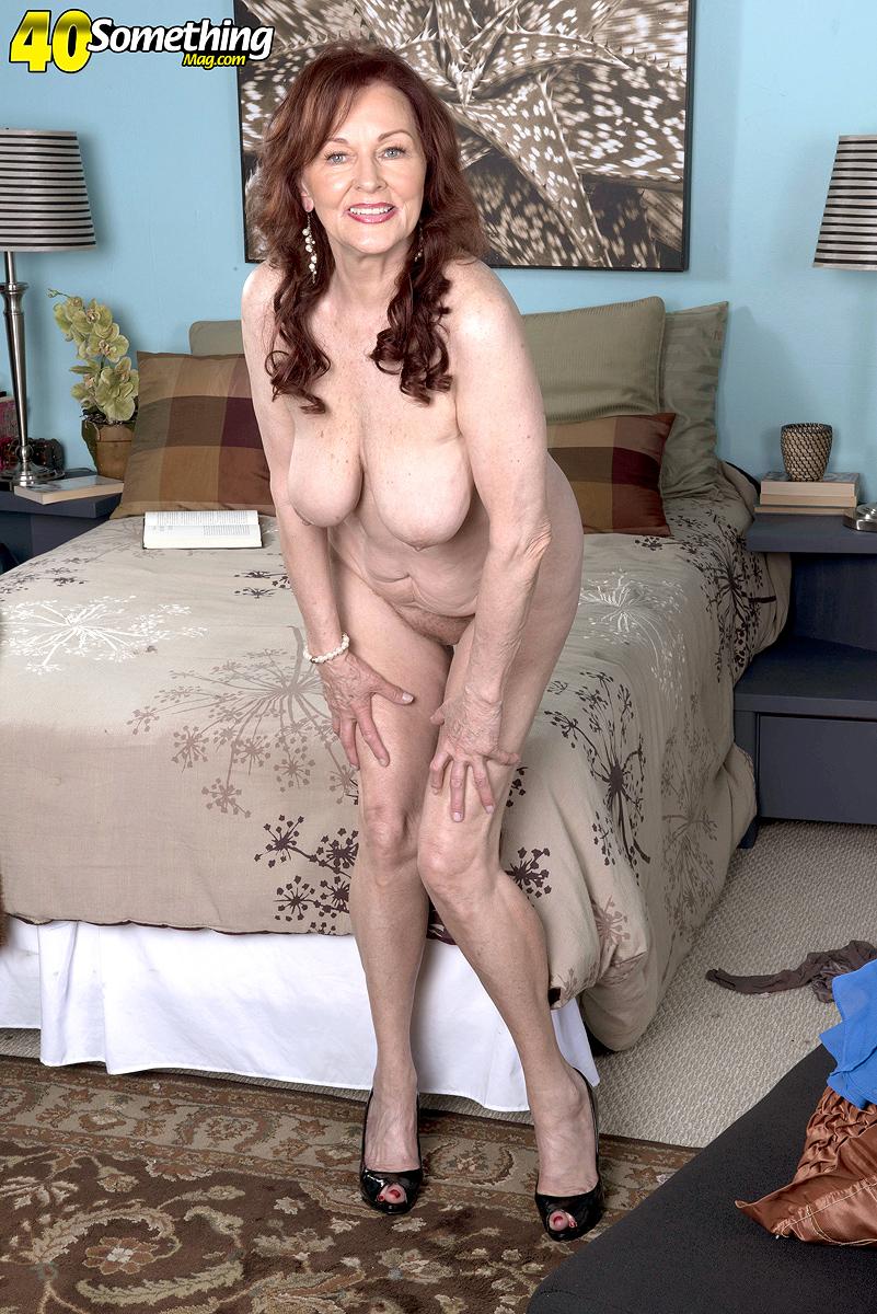 Sexy nude white blonde girls