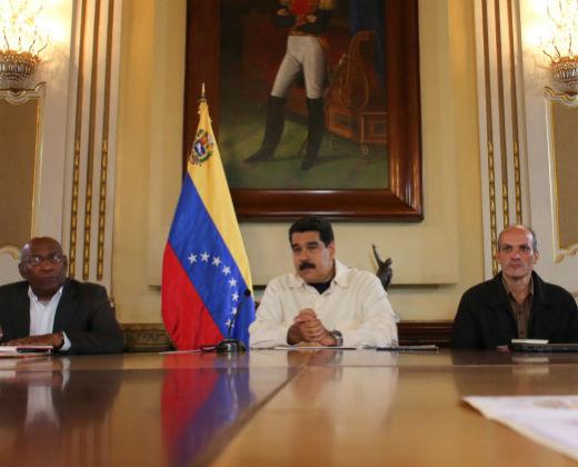 Maduro aumenta el 50% del salario mínimo a partir del 1-S