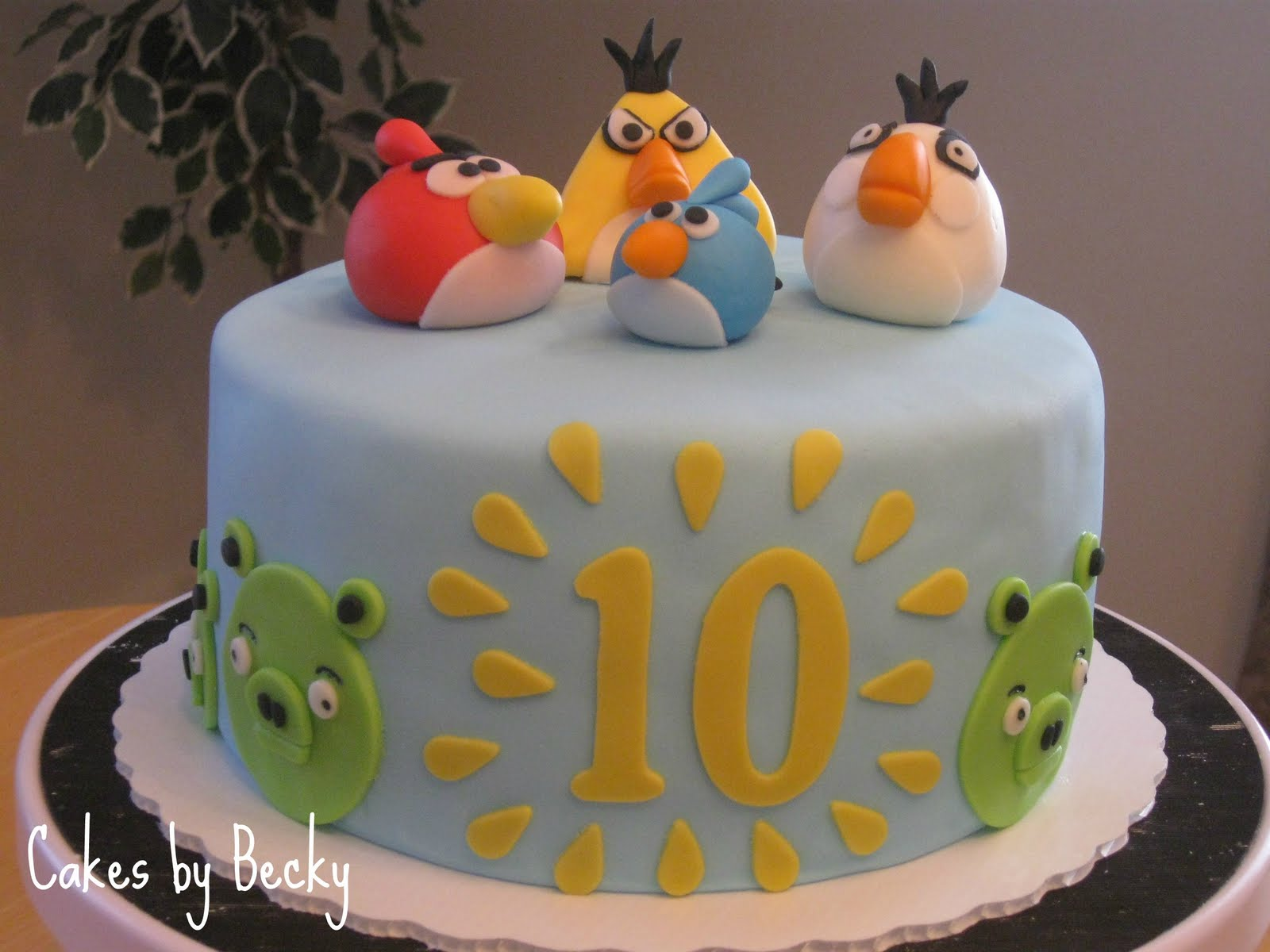 Angry Birds Birthday Cake Well It Finally Happened My Baby Turned 10 Years Old Cant Believe Hes That Already