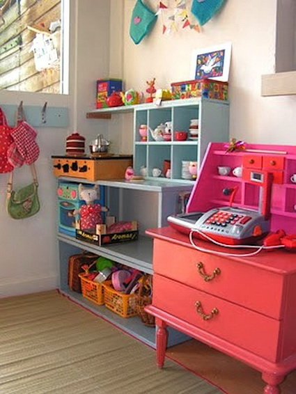 7 childrens rooms with lots of color