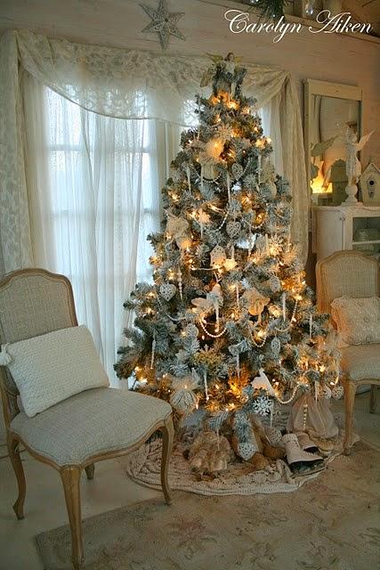 Arredamento provenzale albero di natale stile provenzale for Immagini arredamento provenzale