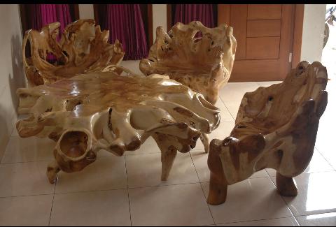 kursi unik dari akar kayu jati asli jepara