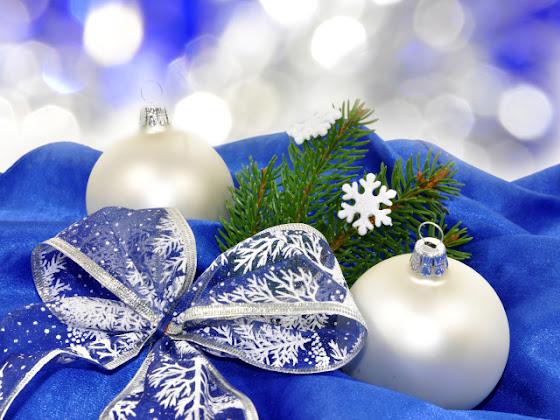 besplatne Božićne slike za mobitel 640x480 free download čestitke blagdani Merry Christmas kuglice za bor