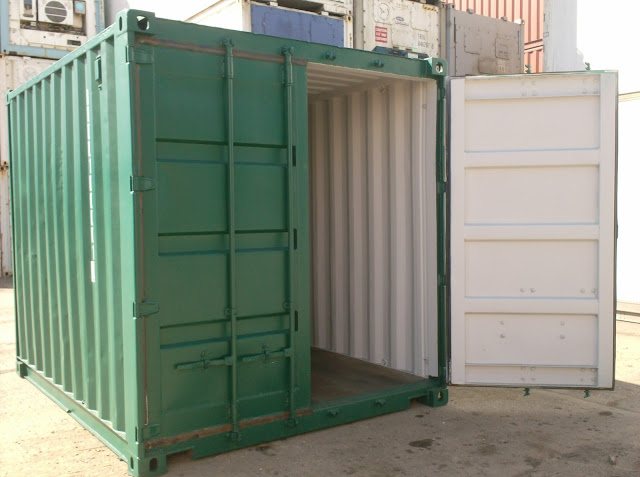 Immigration Officials Shocked To Find 68 People Sealed In A Shipping Container