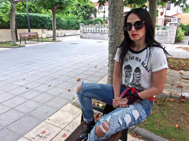 fashion, moda, look, outfit, walking, blog, casual, trendy, cool, rocker, bandana, street, style, casual,