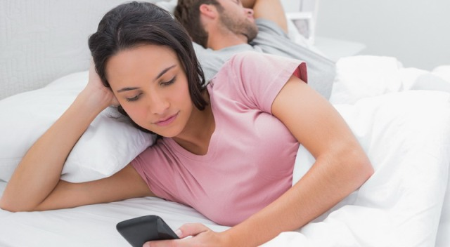Inilah Alasan Mengapa Wanita Tergoda Dengan Selingkuh