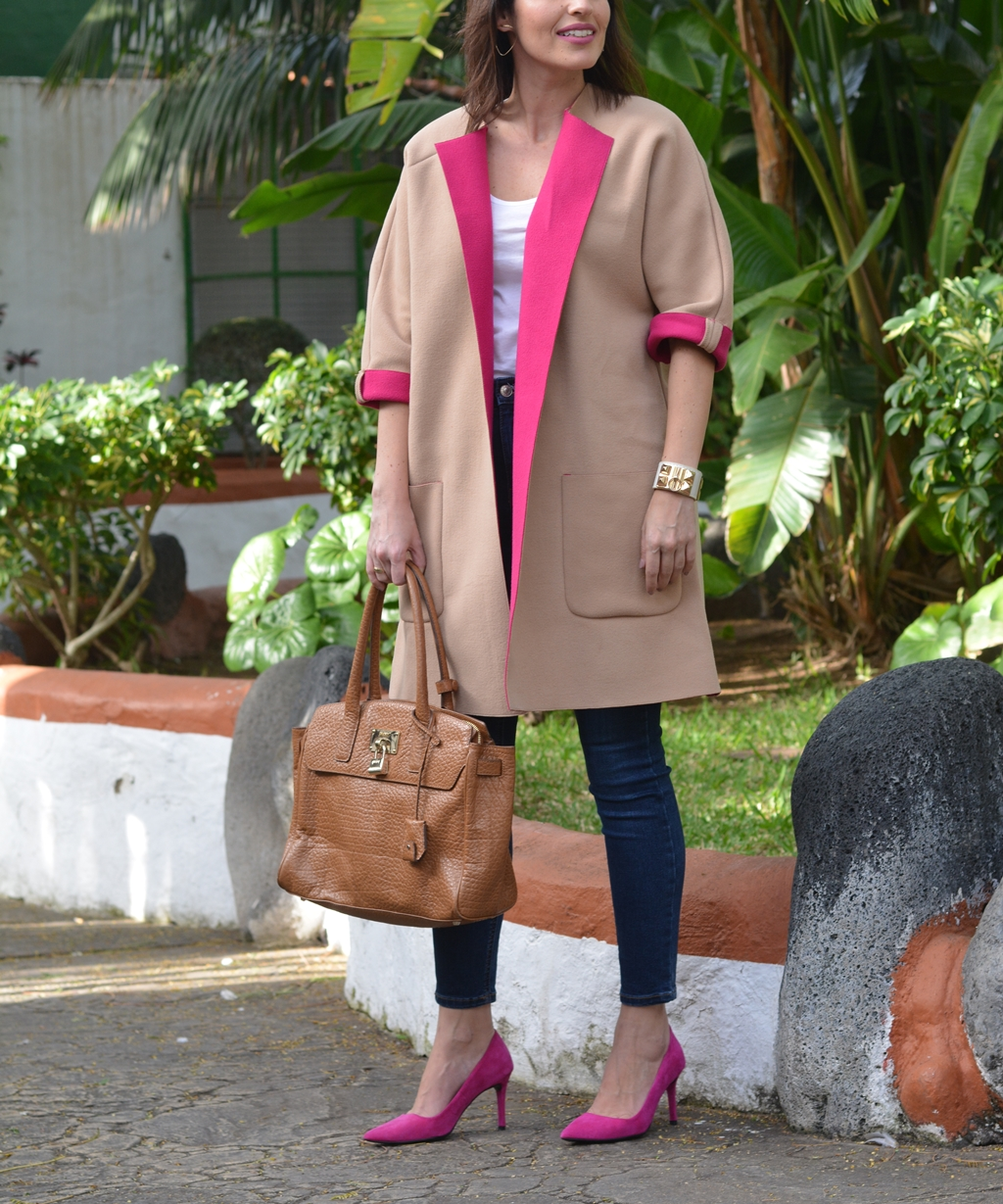 pink-yarrow-outfit-street-style