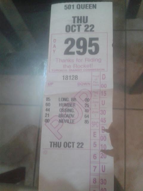 Ticket de transferência para metrô, ônibus e streetcar em Toronto