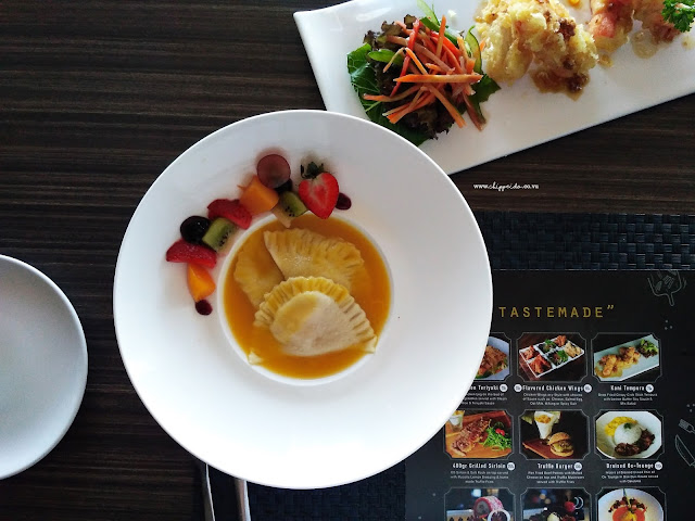 SEVENTEEN SKYVIEW RESTO & LOUNGE SURABAYA @ HARRISGUBENG : 9 + 1 NEW Menu Launching #tastemadeofseventeenlounge_SEVENTEENLOUNGE_SEVENTEEN_SEVENTEEN LOUNGE_HARRIS_HARRIS GUBENG_POP HOTEL_SURABAYA_KULINER_INDONESIA_KULINER SURABAYA_CONVENTIONS_FOOD GATHERING_FOODIE GATHERING_FOOD_FOOD BLOGGER_BLOGGER_BLOGGER SURABAYA_FOOD BLOGGER SURABAYA_DESSERT_SIRLOIN_TENDER_MEAT_KUMPUL FOODIES_TEMAN_FRIENDSHIP_GATHERING_TASTEMADEOFSEVENTEENLOUNGE_#TASTEMADEOFSEVENTEENLOUNGE_TASTEMADE_TASTE_MADE_TASTE MADE_FOOD TASTING_COBAIN MENU BARU_NEW_MENU BARU_NEW MENU_RAVIOLI
