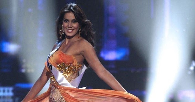 Miss Colombia Catalina Robayo Commando Photo