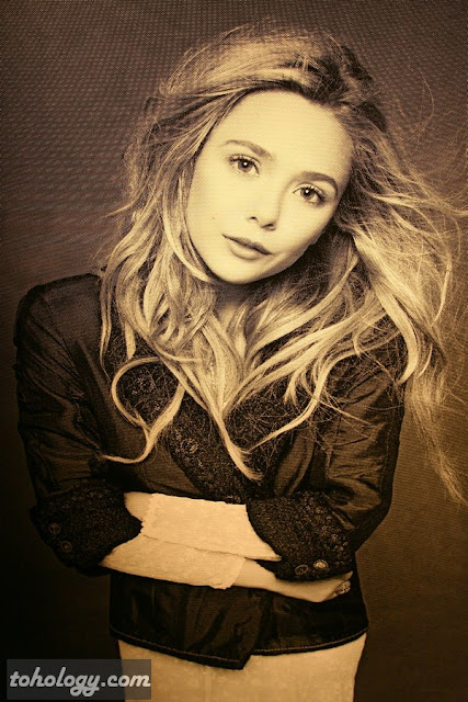 Elizabeth Olsen The Little Black Jacket Berlin