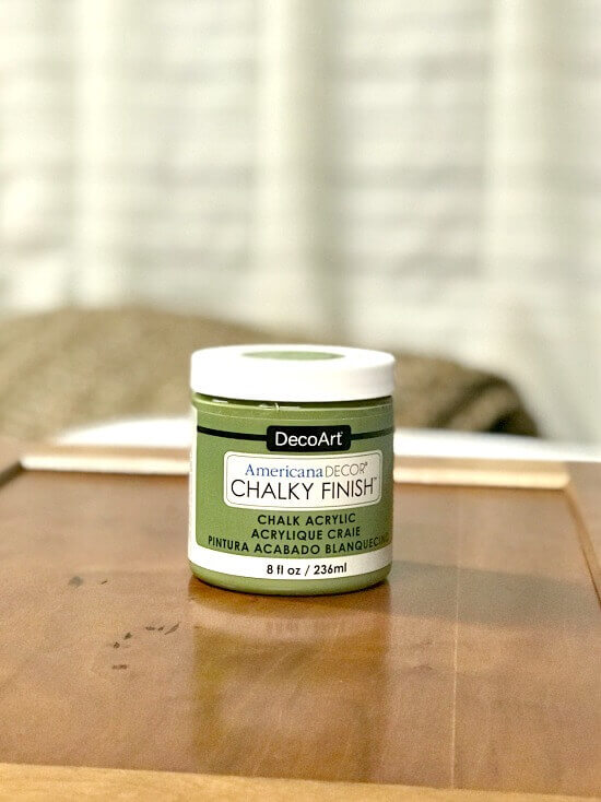 Americana Decor Chalky Finish in Green