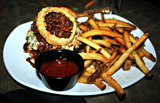 Build Your Own Burger at Jersey's Pizza and Grill