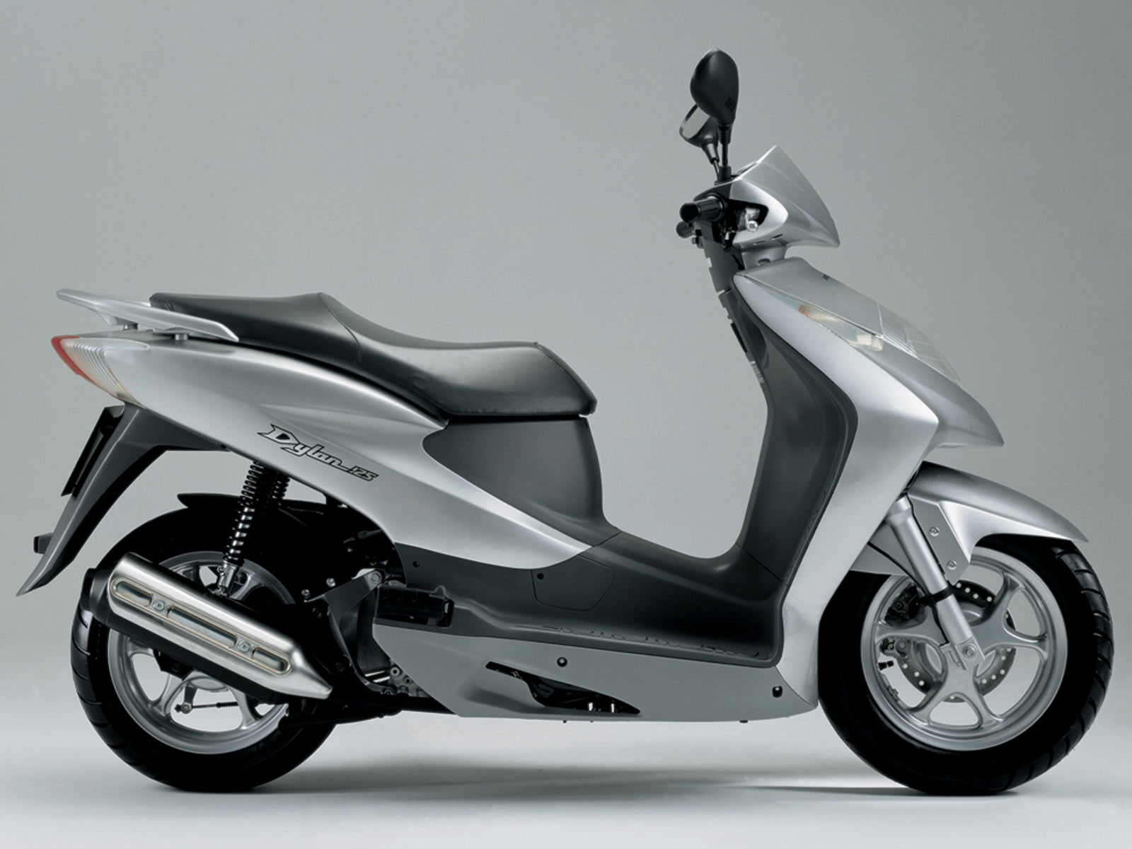 2004 honda dylan 125 scooter pictures accident lawyers info. Black Bedroom Furniture Sets. Home Design Ideas