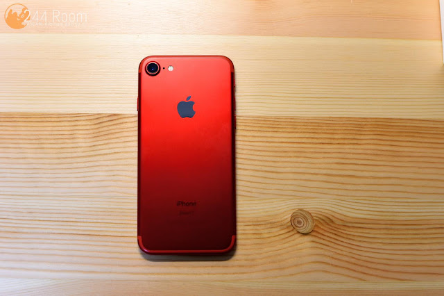 iPhone7 RED Special Edition 背面