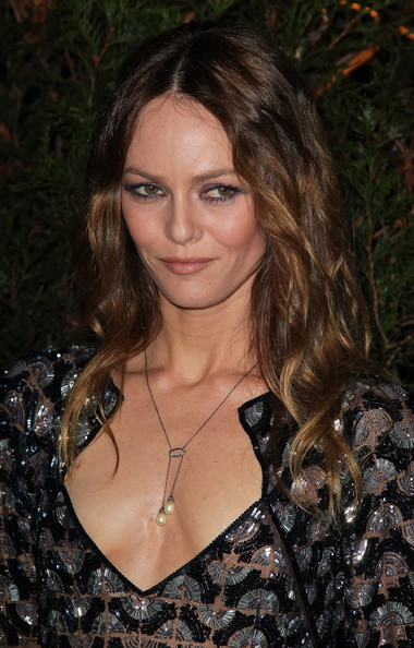 actress vanessa paradis hot images onlinechatroomss