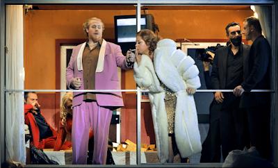 Iain Paterson (Wotan), Nadine Weissman (Erda) - Wagner: Das Rheingold - Bayreuth Festival (©Bayreuther Festspiele / Enrico Nawrath)
