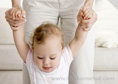 Tips Cara Supaya Anak Cepat Jalan