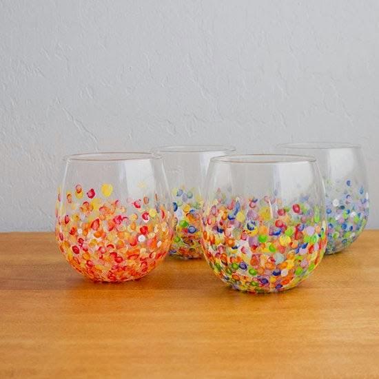 C mo decorar jarrones de vidrio con pintura - Jarrones de cristal decorados ...