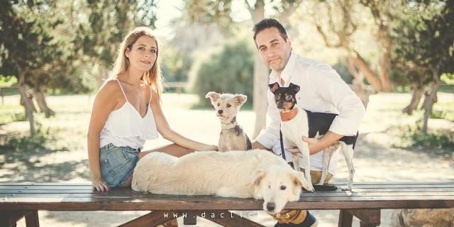 Foto souvenir de la pareja invitación de boda formato americano