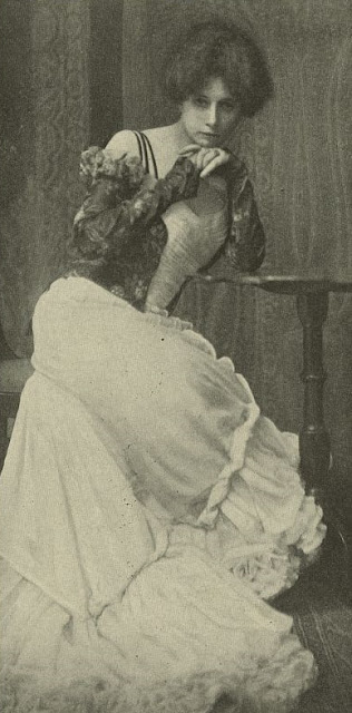 "Self-portrait of Zaida Ben-Yusuf accompanying her article ""The New Photography — What it has done and is doing for Modern Portraiture,"" published in the ""Metropolitan Magazine"", Vol. XIV, no. III (Sept, 1901), p. 391."