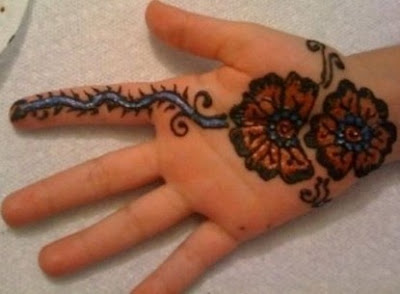 Latest Indian mehndi designs for kids hands