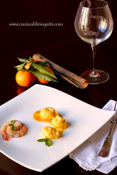 ravioli gamberi salsa mandarino ricetta