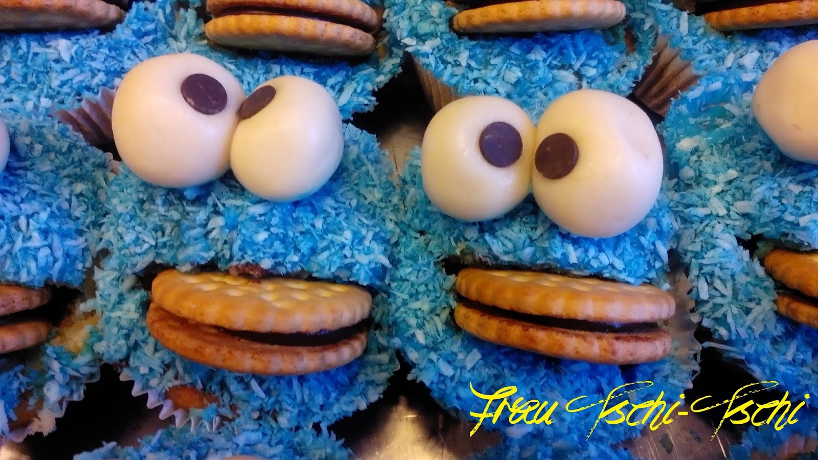 Frau Tschi Tschi Krümelmonster Amigurumi Und Muffins