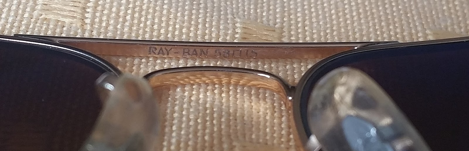 91fb971e9c02 Si en algun lugar del estuche, lente o paño de limpieza, dice Bausch & Lomb  o B&L, estamos frente a una replica, salvo que el lente sea de antes de  1999.