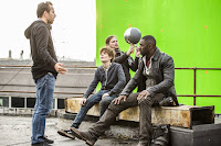 Idris Elba, Tom Taylor and Nikolaj Arcel on the set of The Dark Tower (11)