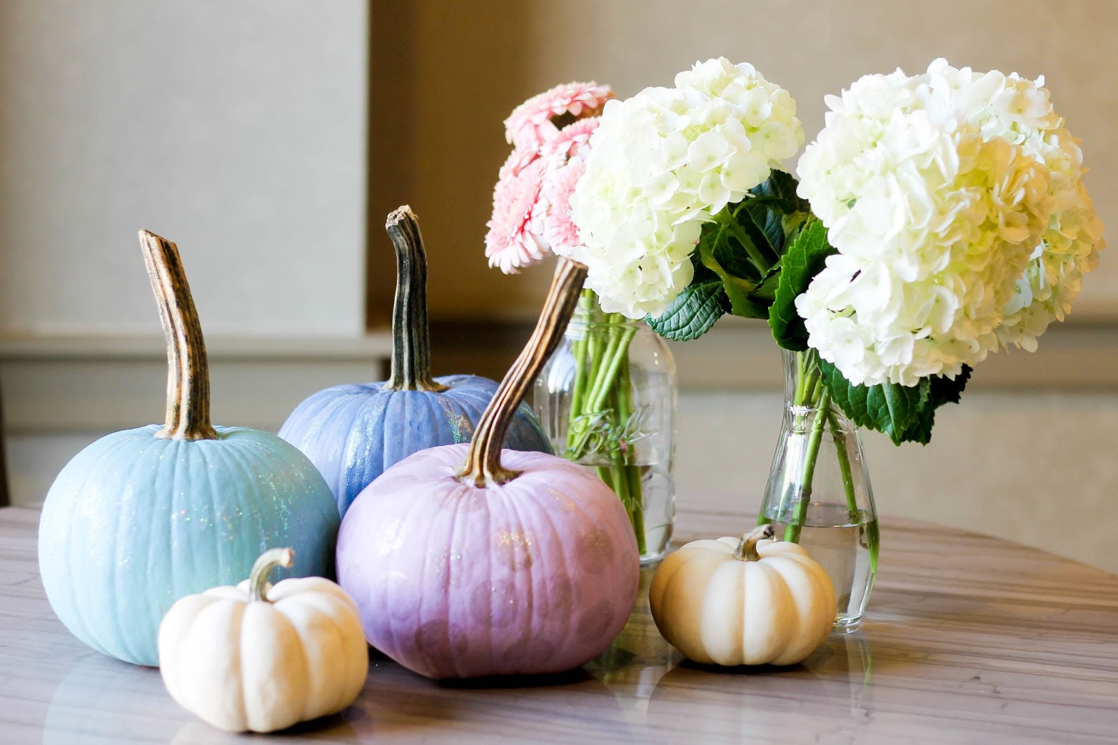 chalk paint on pumpkins, painting pumpkins with chalk paint, annie sloan chalk paint on pumpkins, fall party, hosting a fall brunch party, pumpkin painting party ideas, fall party ideas, mr. clean concentrated cleaner, pretty in the pines blog, raleigh, north carolina