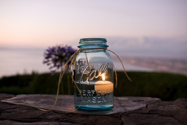DIY make your own aqua mason jars via oh lovely day | photo by Jennifer Roper