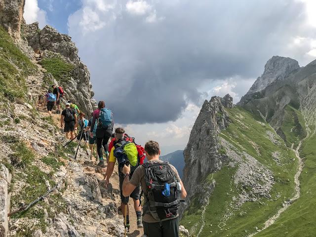 Übers Gatterl auf die Zugspitze  Alpentestival Garmisch-Partenkirchen   Gatterl-Tour auf die Zugspitze über ehrwalder Alm und Knorrhütte 01