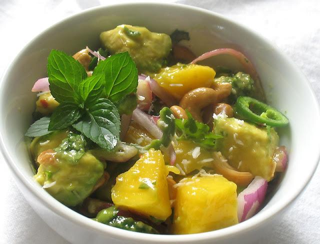 avocado mango salad with cashews and cilantro