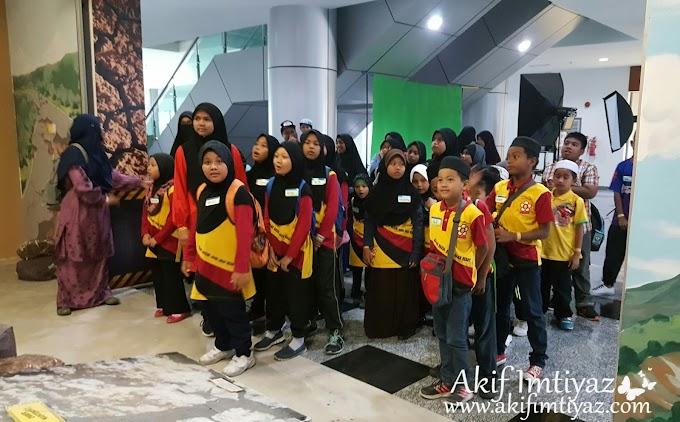 Lawatan Ke Pusat Sains Dan Kreativiti Terengganu PSKT