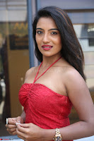Mamatha sizzles in red Gown at Katrina Karina Madhyalo Kamal Haasan movie Launch event 106.JPG