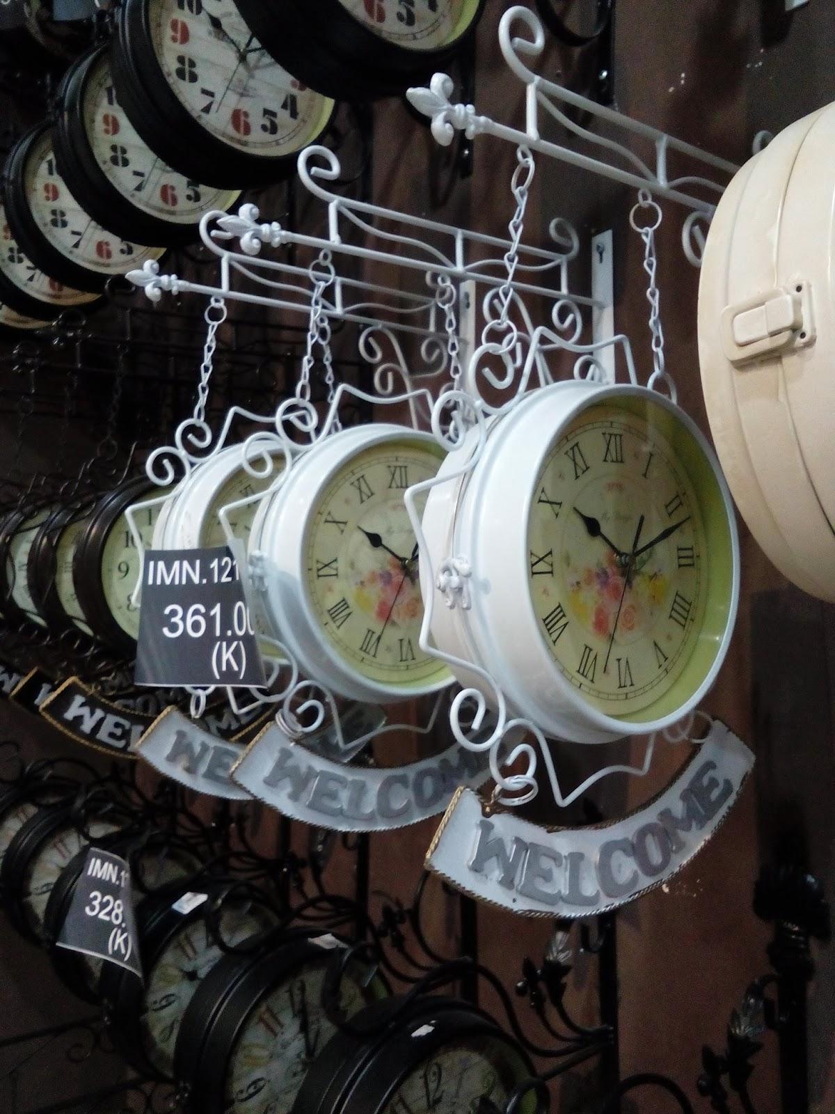 jam dinding klasik vintage bolak-balik Jolie Jogja Wirobrajan