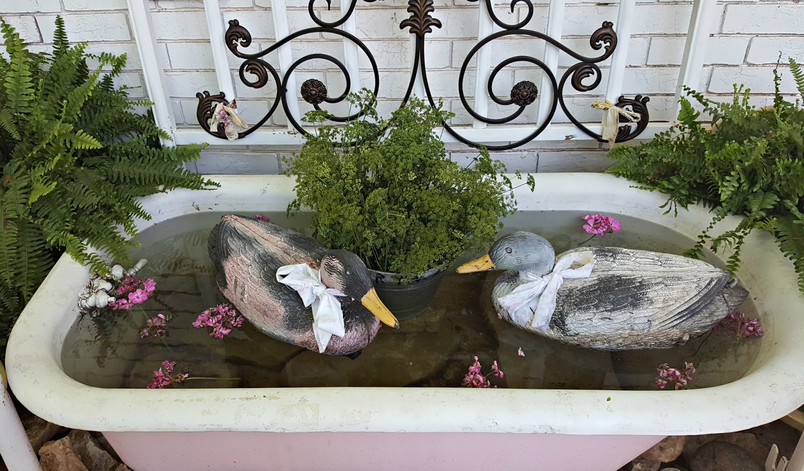 Penny 39 s vintage home bathtub duck pond for Duck decorations home