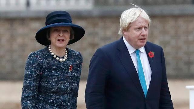 Theresa May y Boris Johnson
